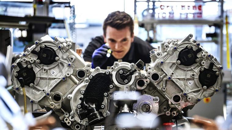 Диагностика двигателей Мерседес-бенц ремонт двигателей AMG